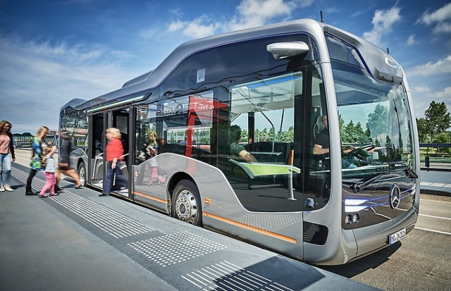 mercedes_benz_future-bus